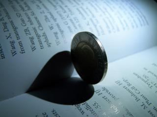 結婚-愛-お金